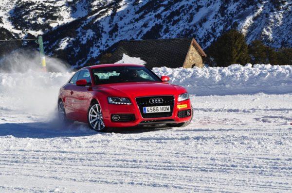 Audi TT drifting in the snow making the best use of it's Haldex Quattro system