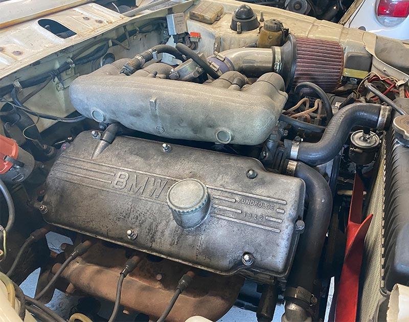 bmw 2002 four cylinder engine